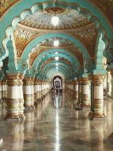 8 Most Impressive Palaces in India