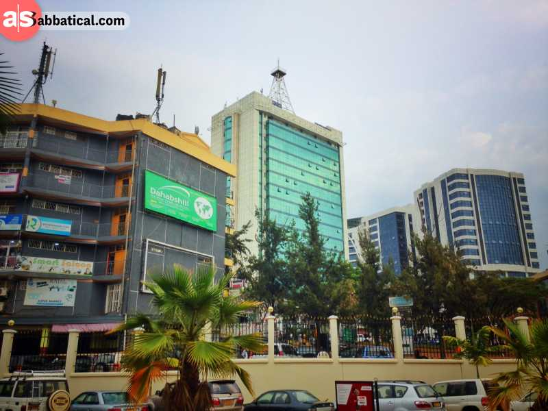 Hills and valleys in Rwanda: in the clean streets of Kigali