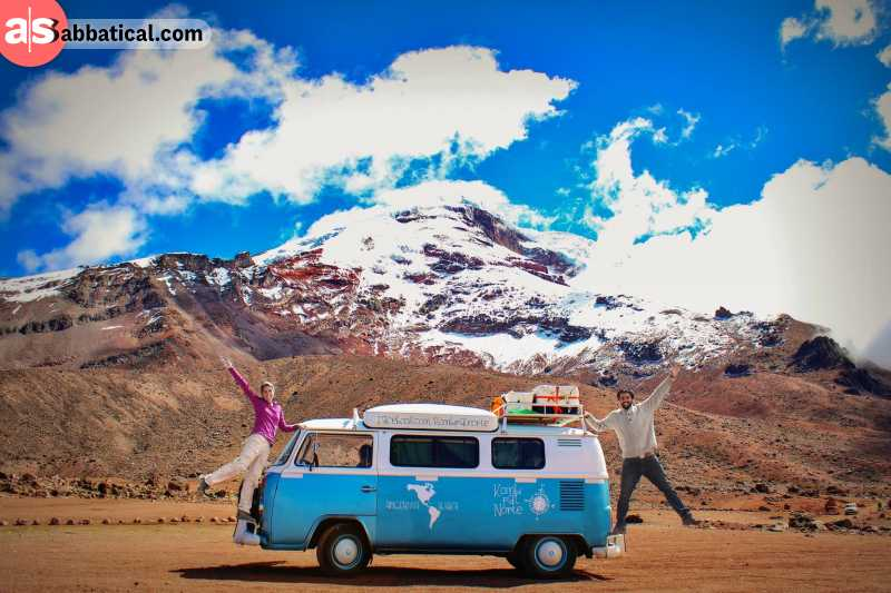 Kombi pa'l Norte, a classic VW bus from 1981 is Nico & Lola's choice of overlanding vehicle.
