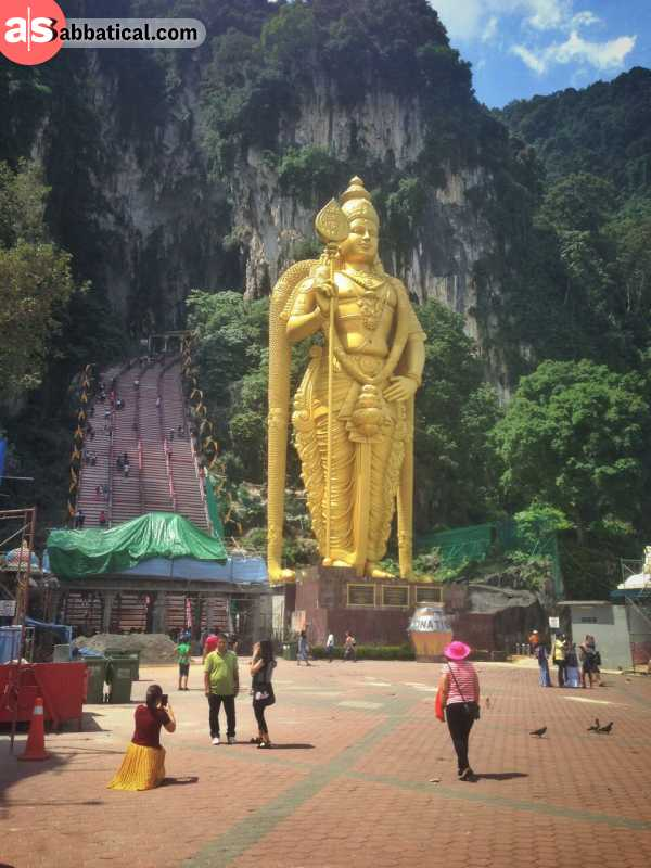 The second-largest statue of a hindu deity, Lord Murugan, is located at the Batu Caves.