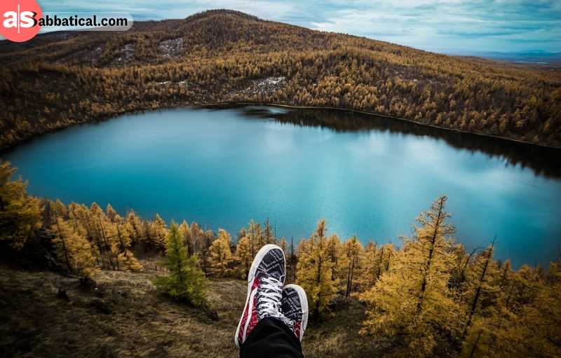Here's the list of the best travel blogs I read on a constant basis.