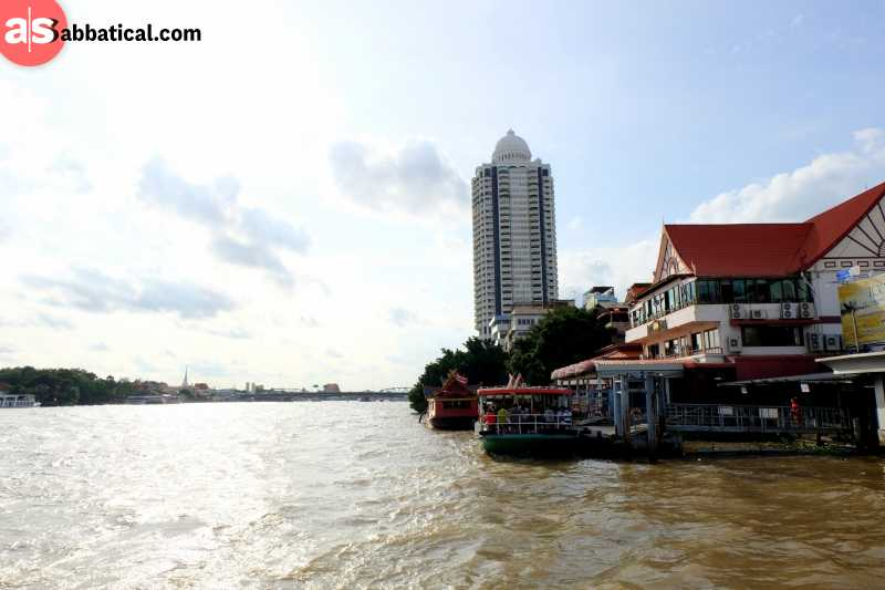 The right Chao Phraya River boat will cost you only 30 baht!