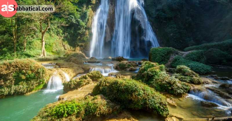 Dee Doke Waterfalls amaze with their clear water and is one of the most beautiful day trips you can take from Mandalay.