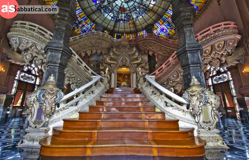 The entrance fee to the magnificent Erawan Museum interior is very low!