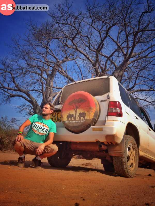 Malawi: individual souvenir drawing on the cover of the spare wheel of my mitsubishi pajero