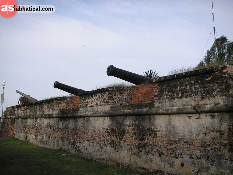 The cannons at Fort Cornwallis.