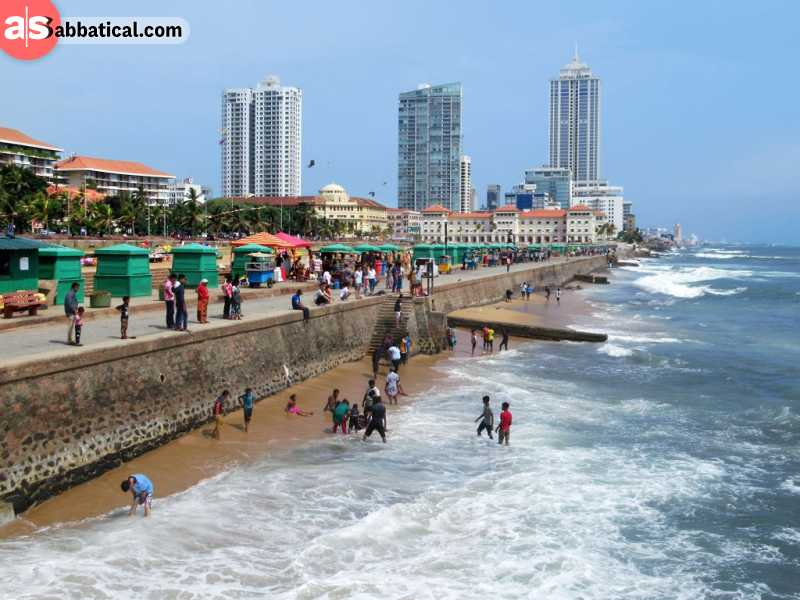 Galle Face Green is a great place to relax and find delicious street food in Colombo.
