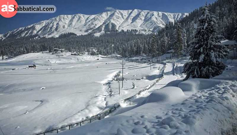 Mountains in Gulmarg, Jammu and Kashmir