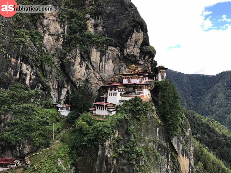 The cliffs on which the Tiger's Nest is located offer a mind-blowing view.