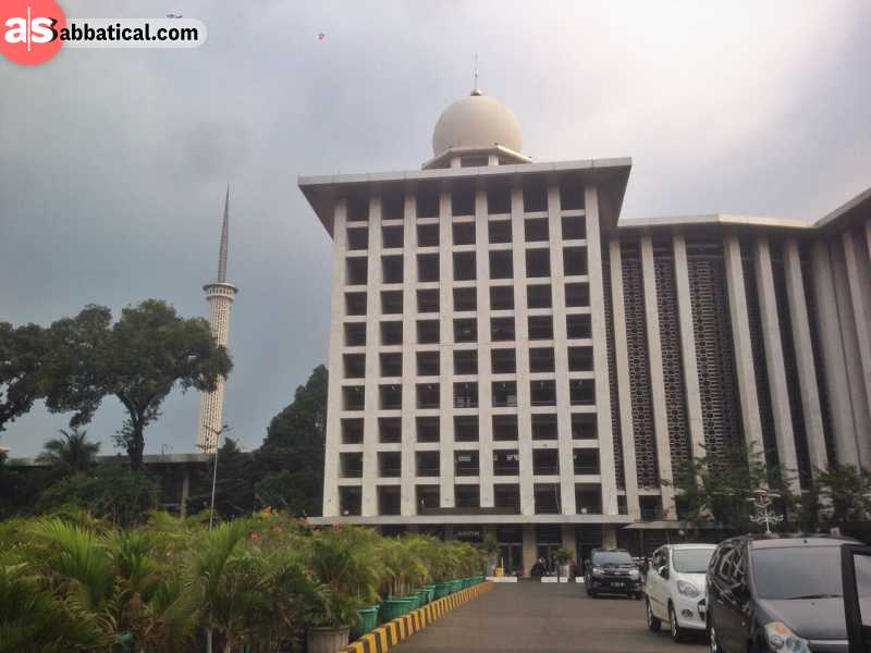 Istiqlal Mosque in Jakarta happens to be the biggest mosque in all of South East Asia.