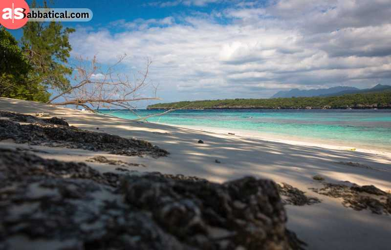 Jaco Island is a remote island known for its wonderful white sand beaches.