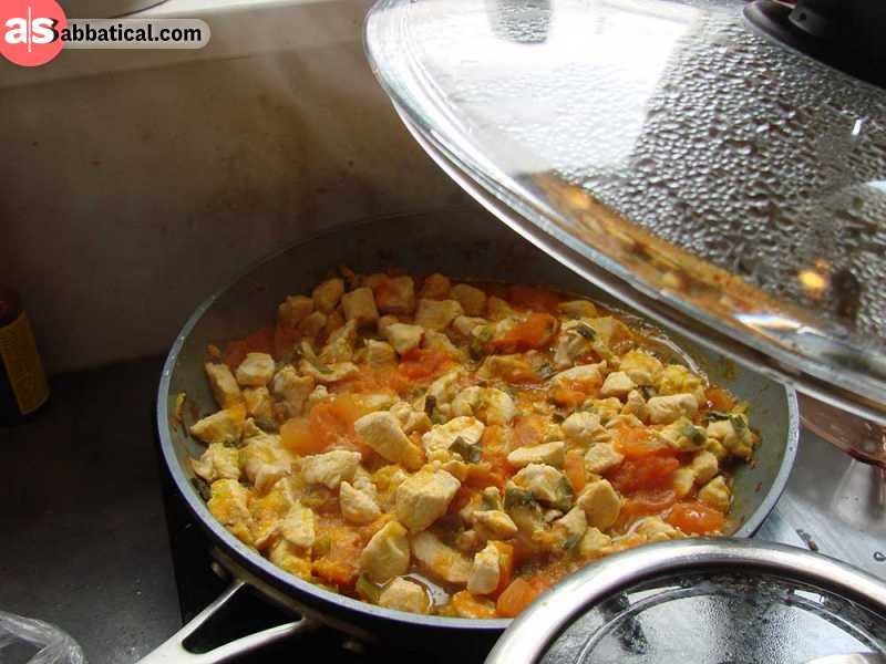 Jasha Maroo is a delicious and spicy chicken stew that is usually served with red rice.
