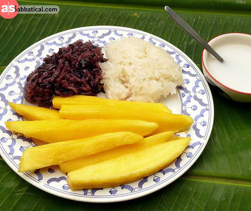 Khao Niao is a traditional sticky rice meal and it can be combined with mango and other Laotian food.