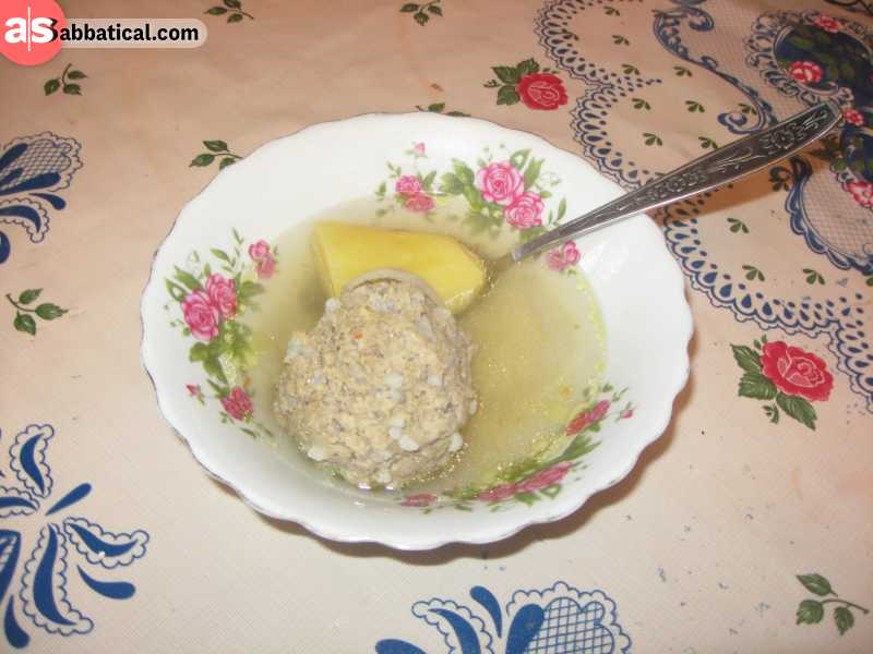 Kufta-bozbash is a soup from mutton bones with vegetables and meatballs (also mutton).