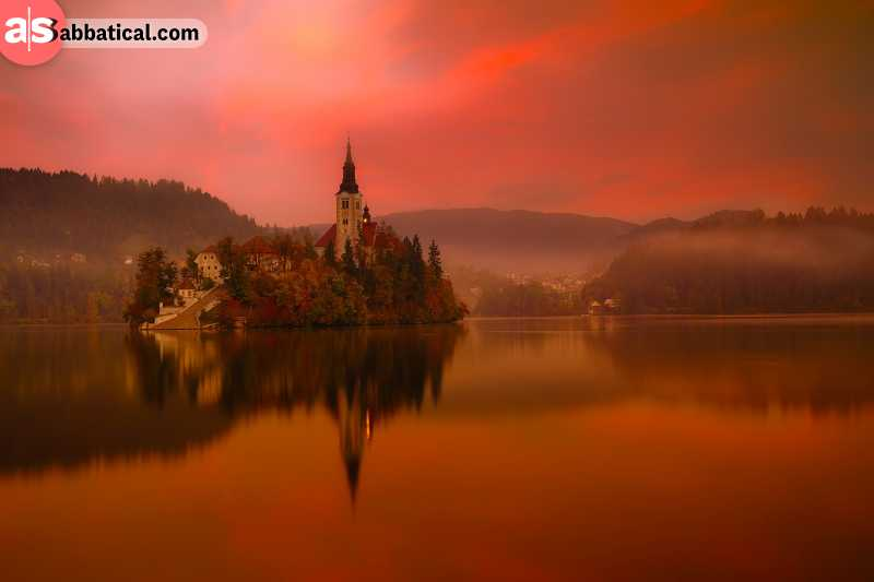 Lake Bled is one of the most popular spots in Slovenia, but you can't deny its beauty that makes it such a popular touristic spot.