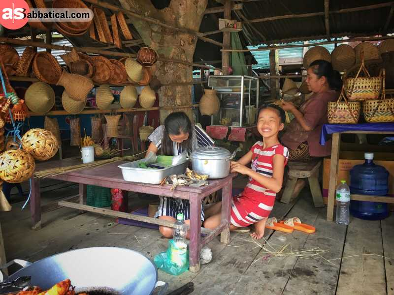 People of Laos value their family time.