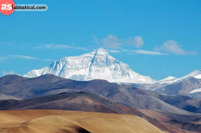 Climbing Mount Everest is the highlight of the Himalayan Mountain Range tour.