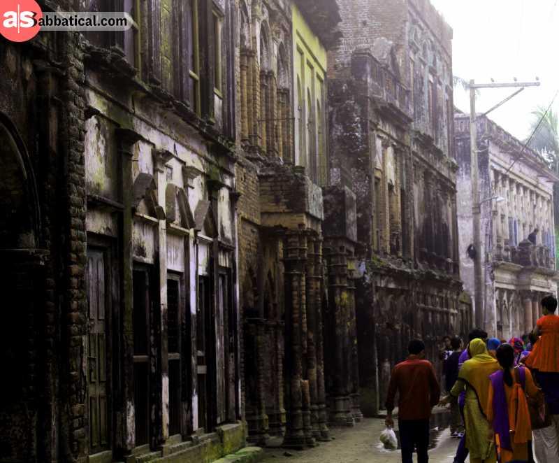 The long-abandoned town of Panam Nagar.