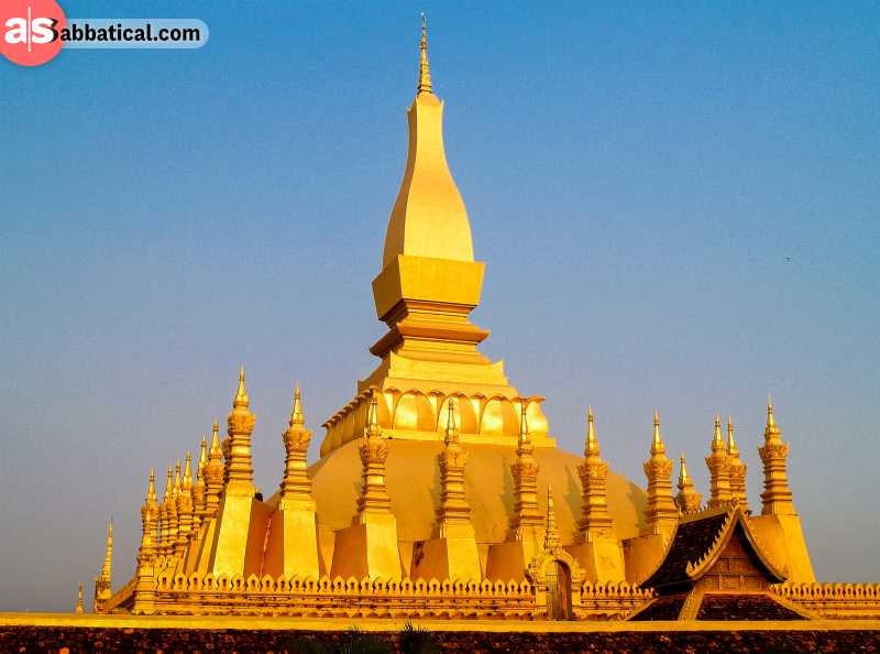 Pha That Luang Temple is a symbolic golden stupa that is 40m high!