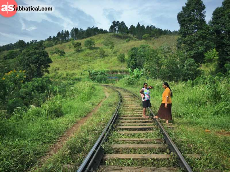 What are the best places to visit in Sri Lanka?