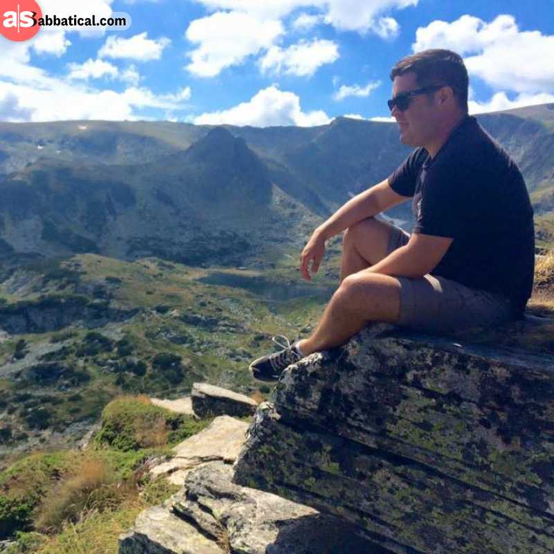 how to find a good location digital nomad