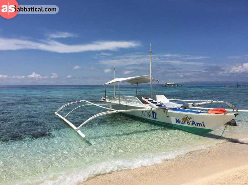 Get ready to explore beautiful Palawan ocean
