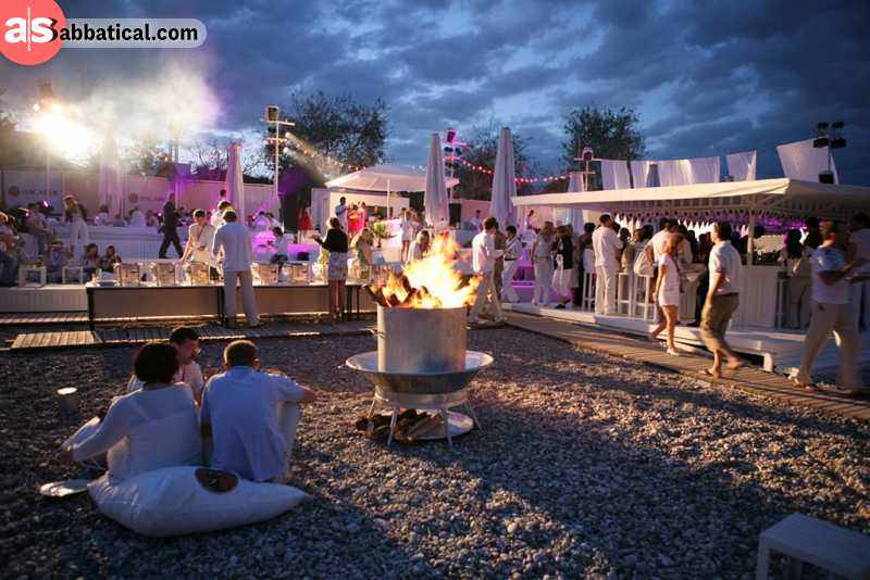 Sun Splash Festival hosts many international artists for an awesome vibe.