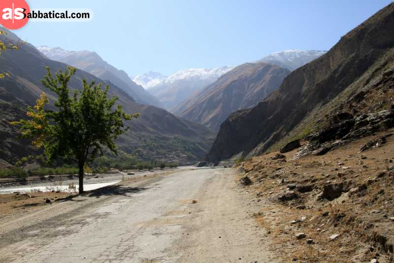 Pamir Highway is a true showcase for the breathtaking landscape of Tajikistan. Where is Tajikistan, you can expect wondrous vistas.