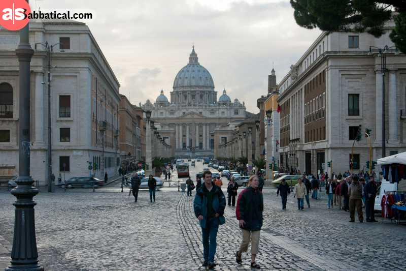 The entrance to where is the Vatican City is always open.