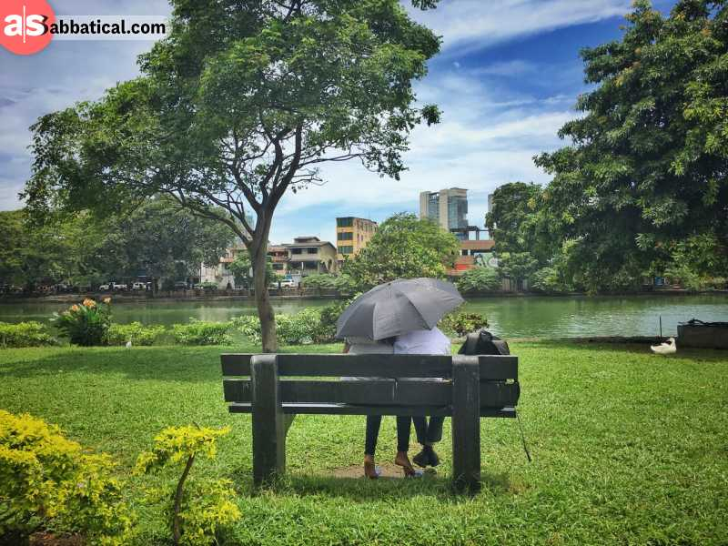 Viharamahadevi Park is the largest one in Colombo, and this is a popular gathering spot for locals.