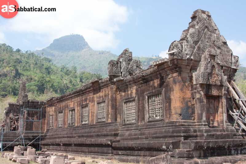 The old Hindu temple, Wat Phu Champasak, is a remnant of Khmer influence in Laos.